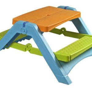 TABLES BASSES, balançoires et bacs à sable